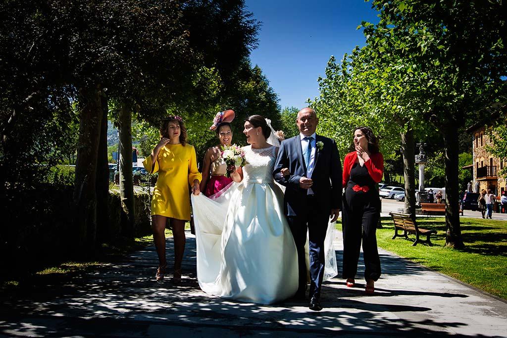 fotografo bodas Laredo Cantabria llegada Andrea