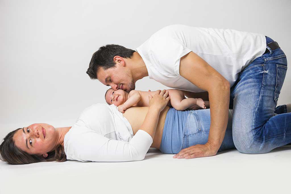 fotos de bebes Damian Marcos Greiz beso papa