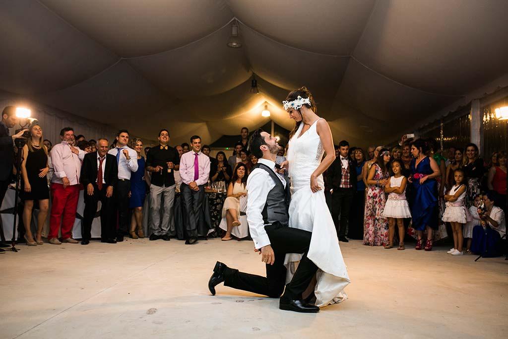 fotografo de bodas Cantabria Isa y Asier baile