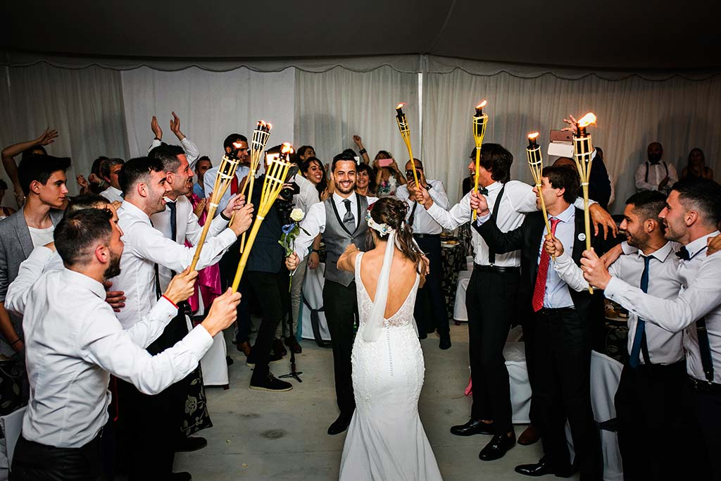 fotografo de bodas Cantabria Isa y Asier sorpresa novio