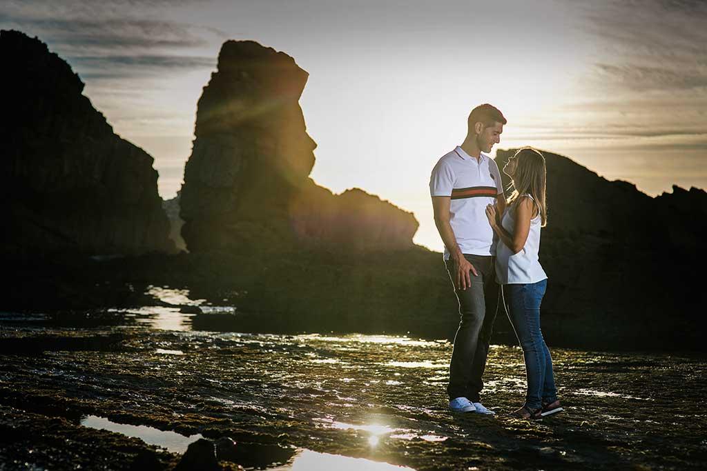 fotógrafo de bodas Cantabria preboda Mario y Carla atardecer con amor