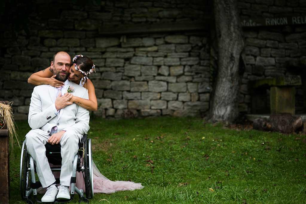 fotógrafo de bodas Cantabria abrazo novia