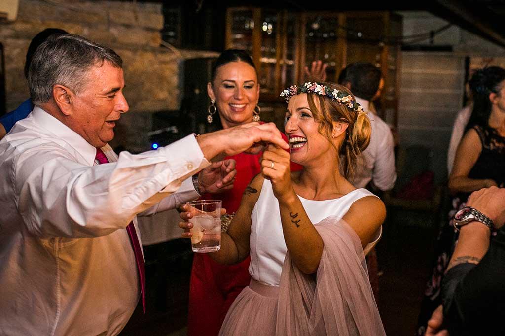 fotógrafo de bodas Cantabria baile papa