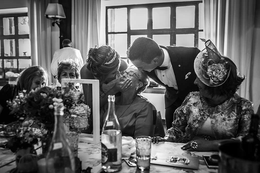 fotografo bodas Cantabria Andrea y Samuel abuela
