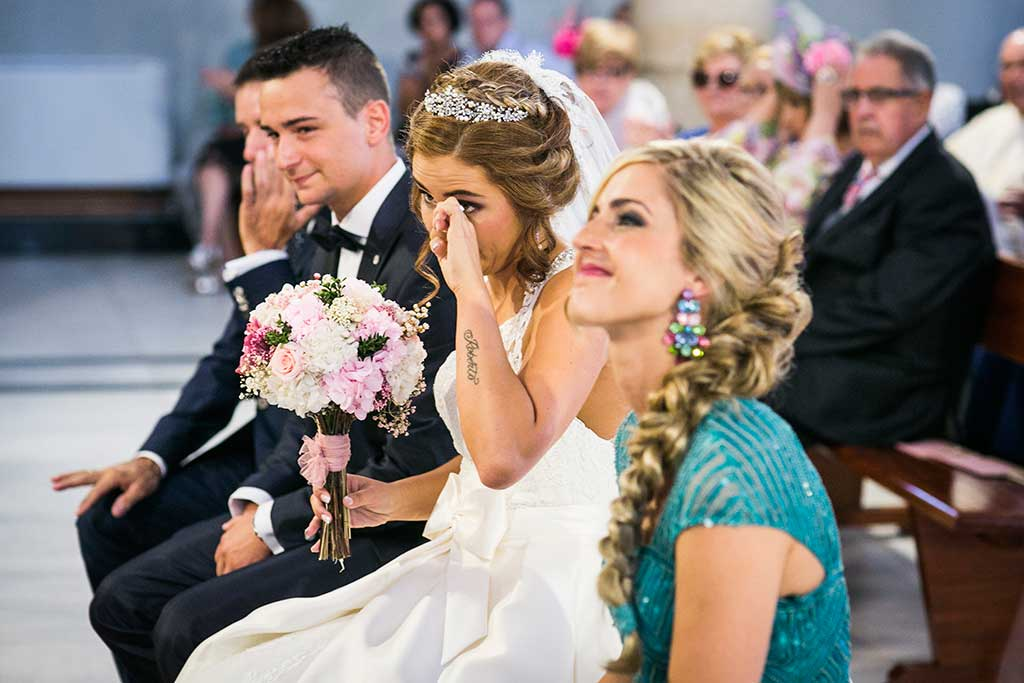 fotografo bodas Cantabria Andrea y Samuel novia llorando