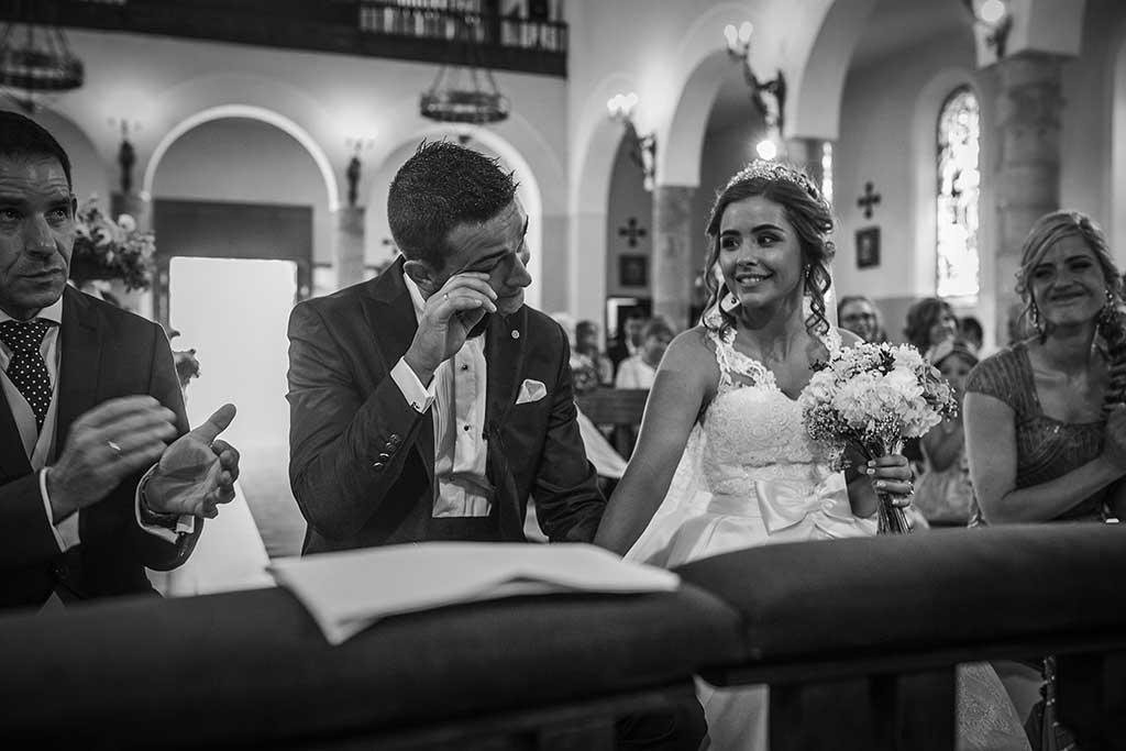 fotografo bodas Cantabria Andrea y Samuel emocion novio