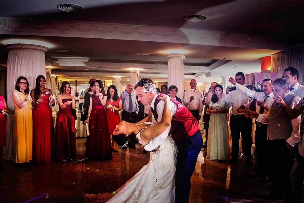 fotógrafo de bodas Cantabria Sara y Luis baile