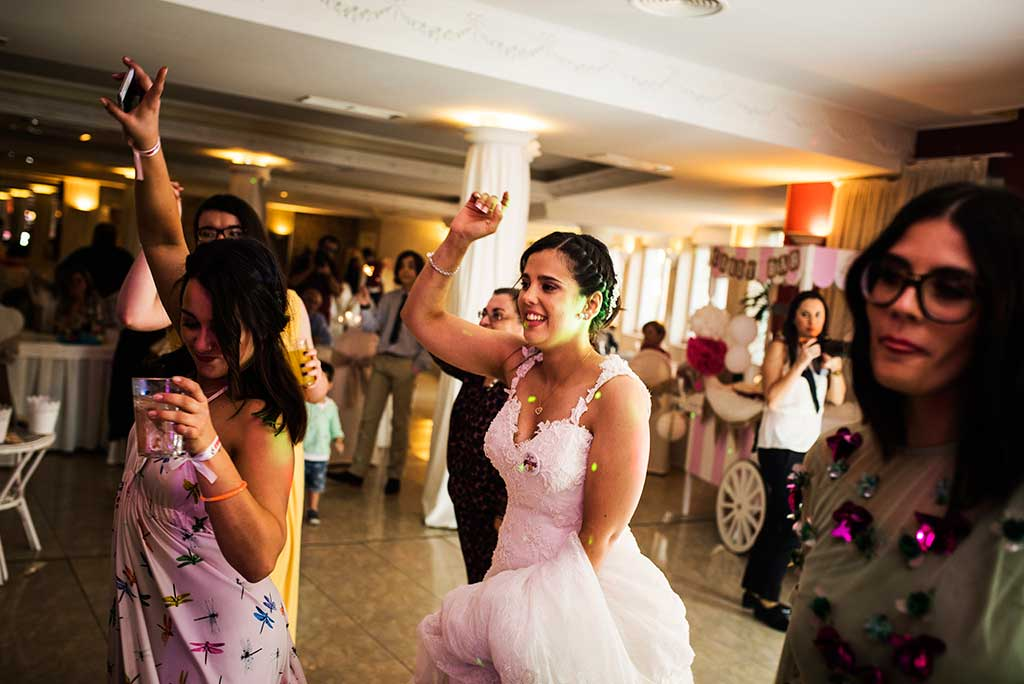 fotógrafo de bodas Cantabria Sara y Luis fiesta