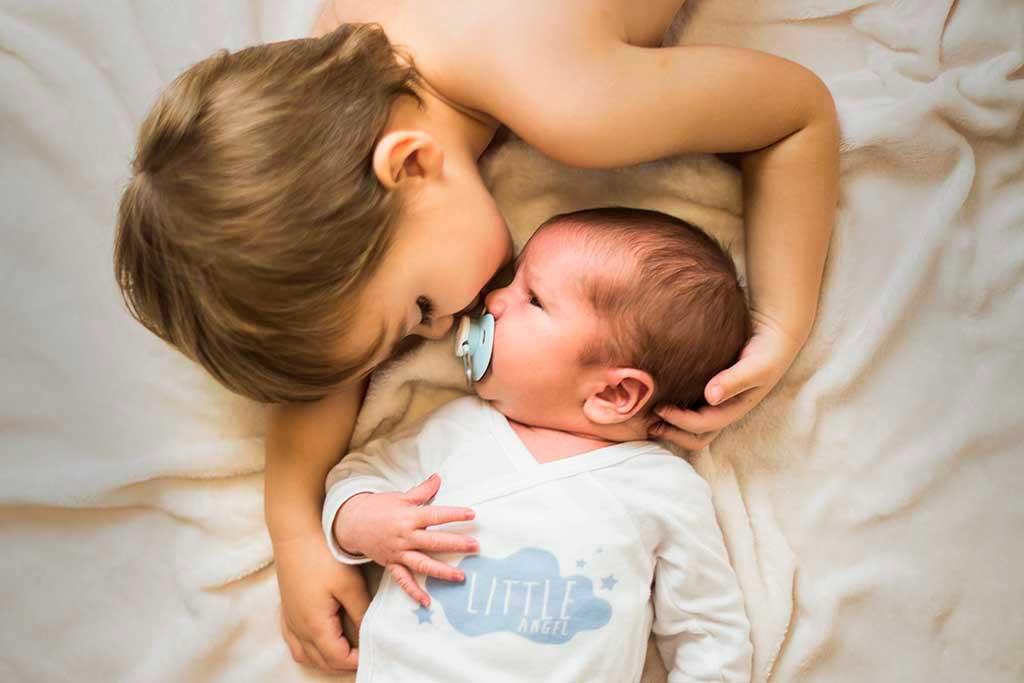 fotos de bebes recien nacido enzo beso