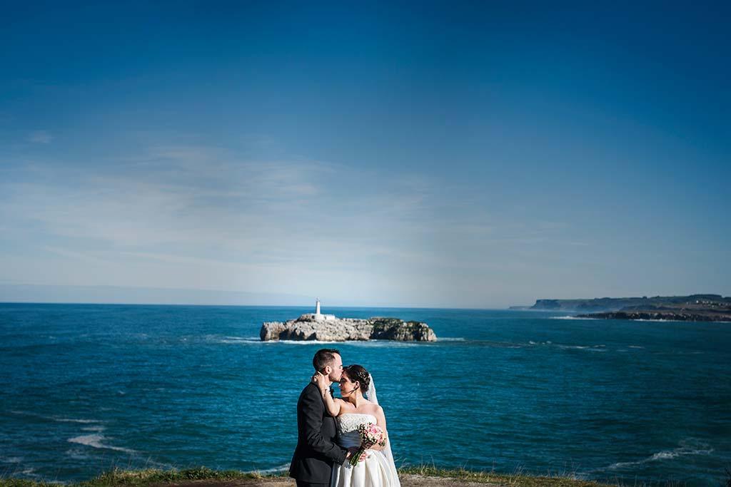 fotografo de bodas en Cantabria Maria y Borja Isla de Mouro