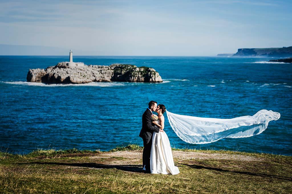 fotografo de bodas en Cantabria Maria y Borja velo Mouro