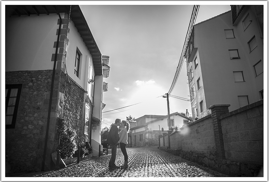 FOTOGRAFOS-BODAS-SANTANDER-CANTABRIA-COMILLAS-PREBODA-MARCOS-GREIZ-11