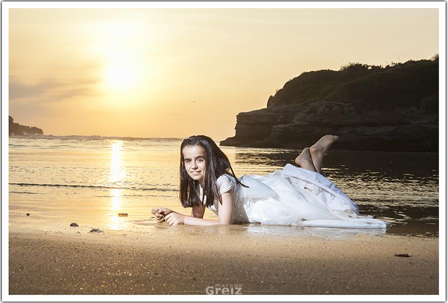 fotografia-comunion-santander-cantabria-original-atardecer-playa-sol-marcos-greiz