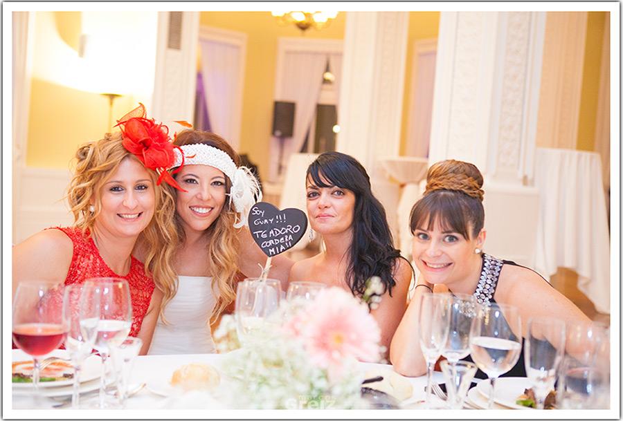 fotografos-bodas-santander-cantabria-amigas