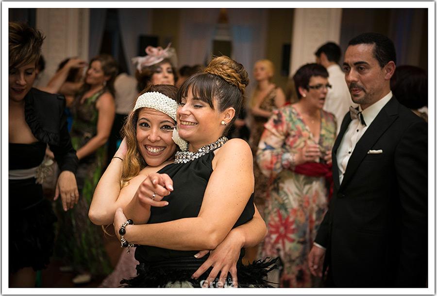 fotografos-bodas-santander-cantabria-fiesta