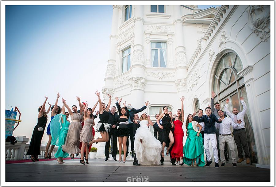 fotografos-bodas-santander-cantabria-invitados-salto