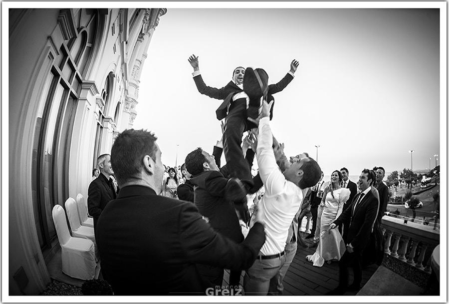 fotografos-bodas-santander-cantabria-manteo-novio