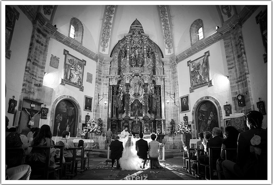 fotografos-bodas-santander-gran-casino-sardinero-espalda-iglesia