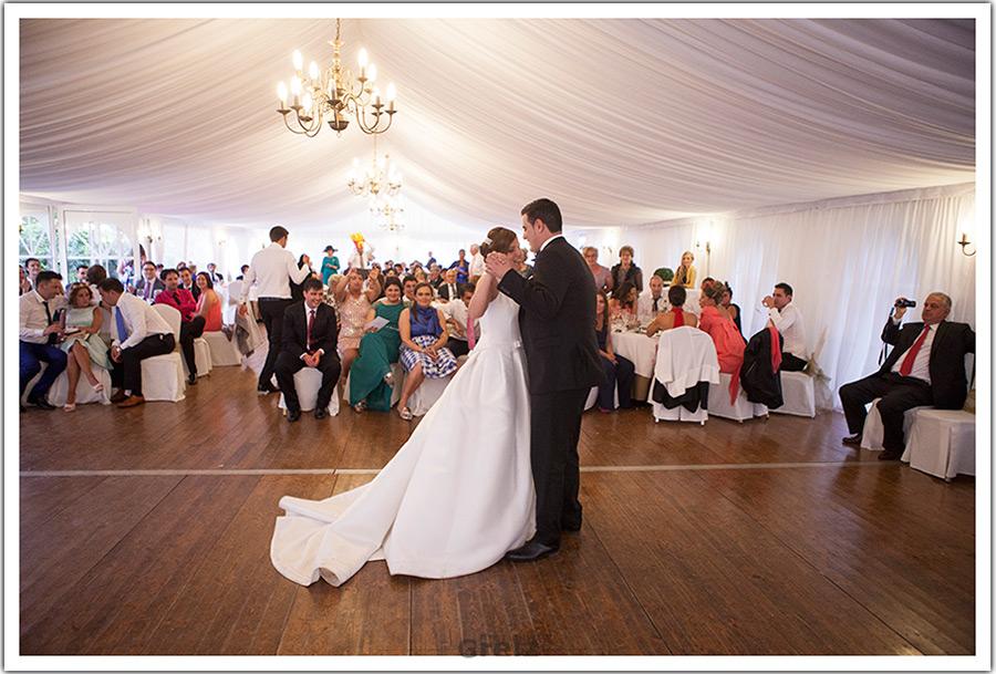 fotografo-bodas-santander-cantabria-marian-alberto-baile