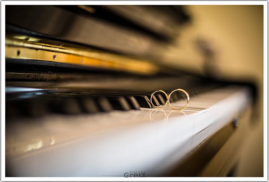 fotografos-bodas-santander-cantabria-anillos-piano
