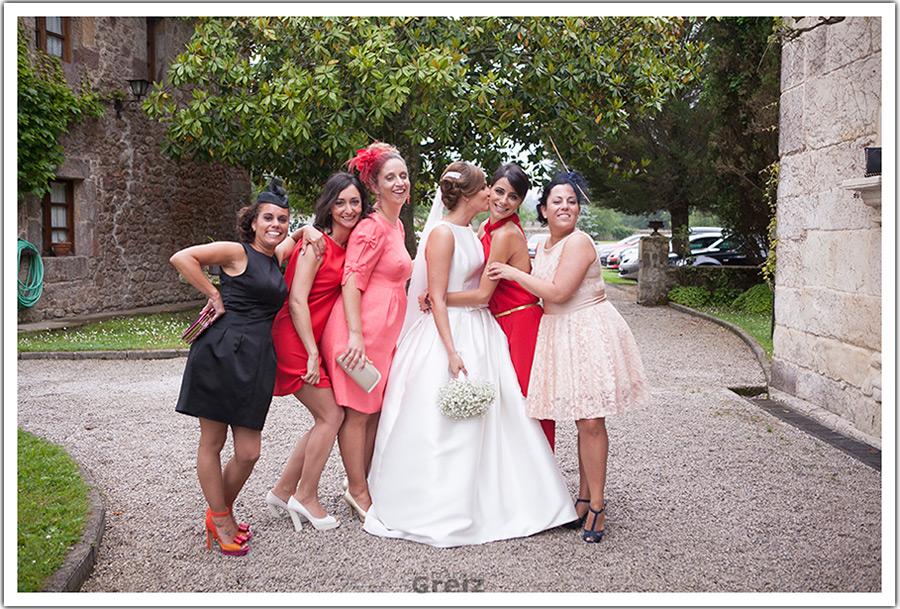 fotografos-bodas-santander-cantabria-marian-alberto-amigas
