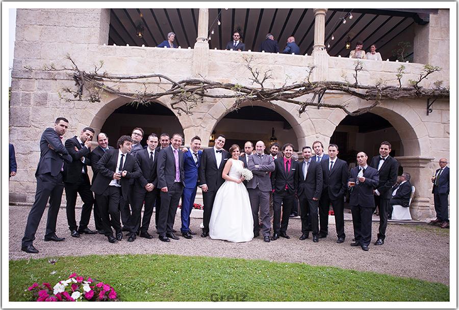 fotografos-bodas-santander-cantabria-marian-alberto-amigos