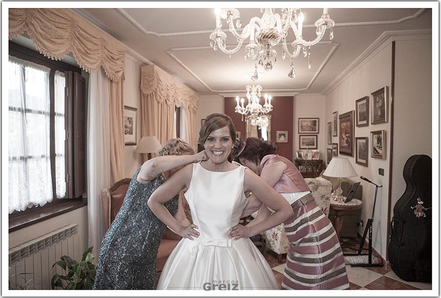 fotografos-bodas-santander-cantabria-novia-familia