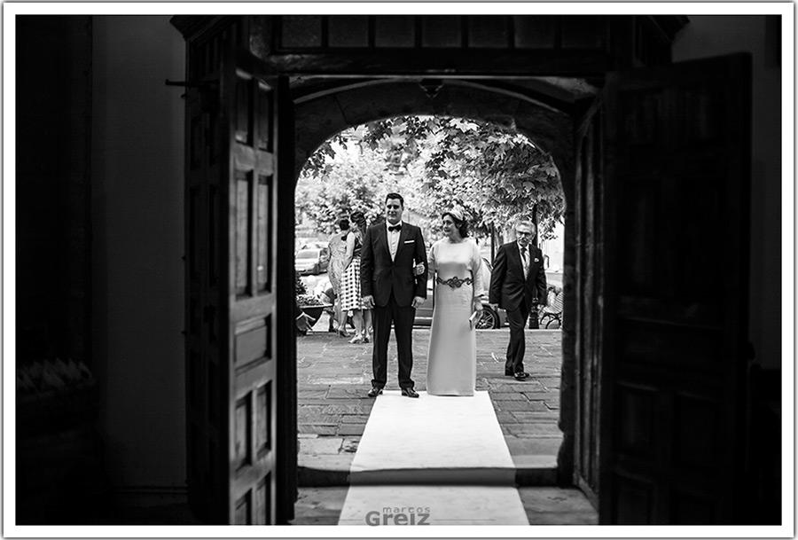 fotografos-bodas-santander-cantabria-novio-entrada