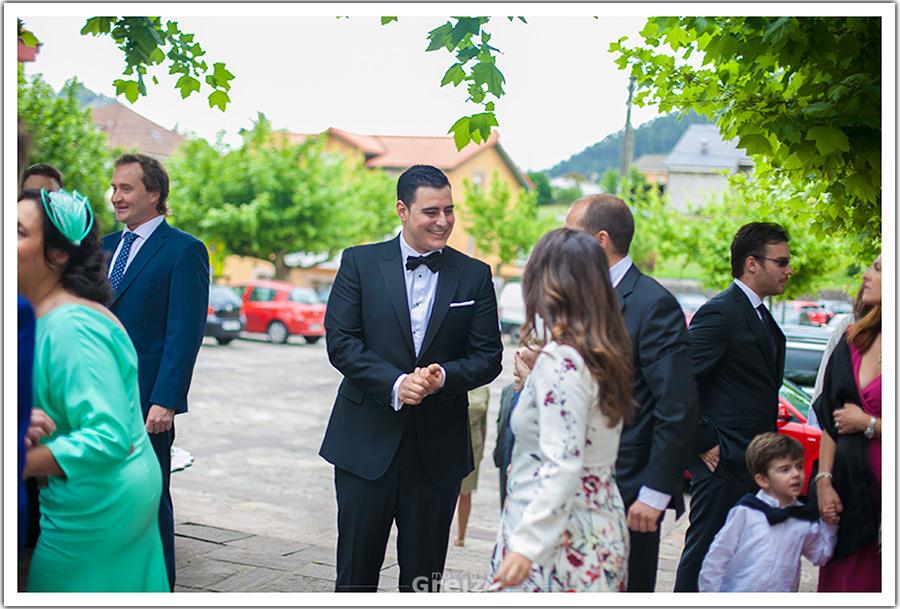 fotografos-bodas-santander-cantabria-novio-espera
