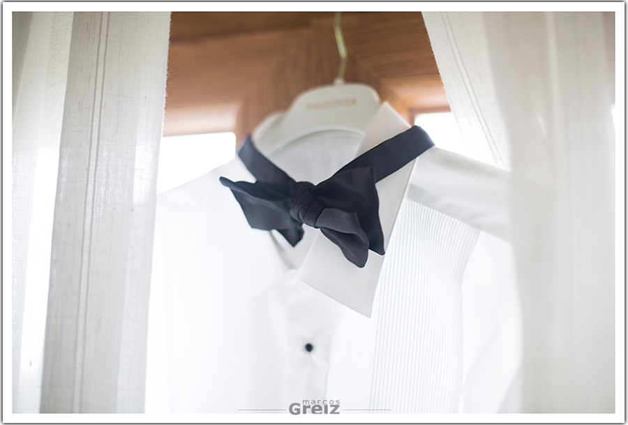 fotografos-bodas-santander-cantabria-novio-pajarita