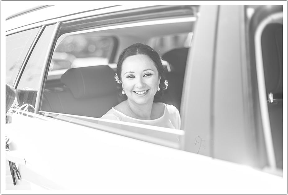fotografos-bodas-santander-raquel-david-coche-novia