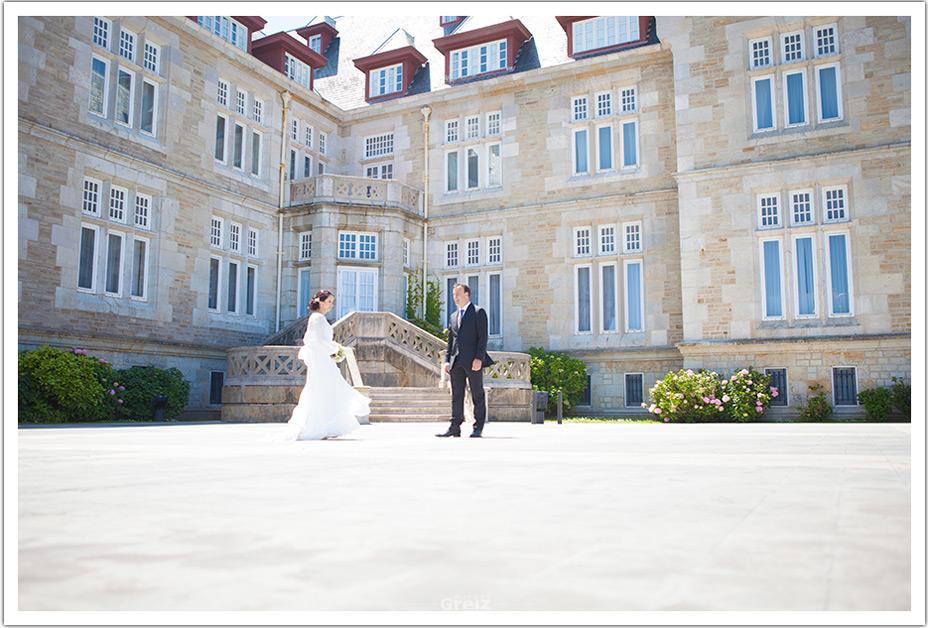 fotografos-bodas-santander-raquel-david-novios-palacio