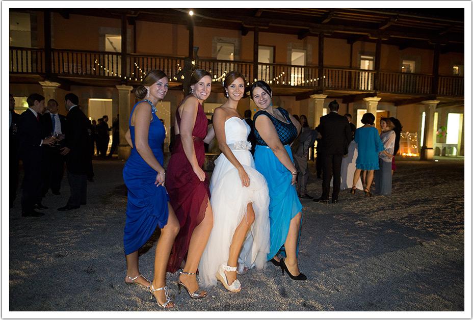 fotografo-bodas-santander-cantabria-fraguas-amigas-novia