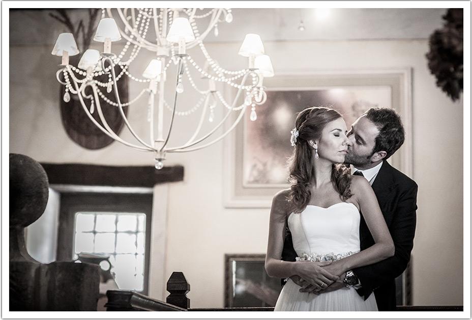 fotografo-bodas-santander-cantabria-fraguas-beso-mejilla