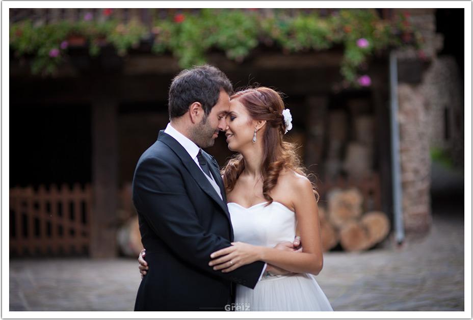 fotografo-bodas-santander-cantabria-fraguas-caricias-novios