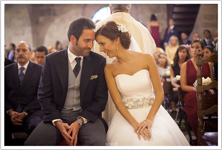 fotografo-bodas-santander-cantabria-fraguas-ceremonia-iglesia-novios