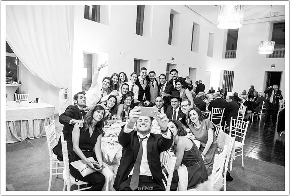 fotografo-bodas-santander-cantabria-fraguas-invitados-comedor