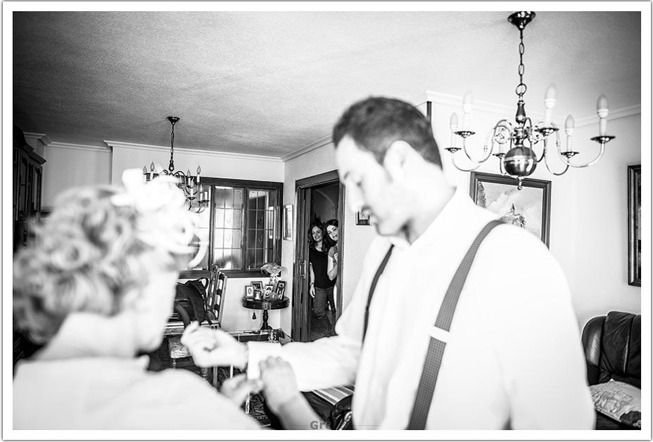 fotografo-bodas-santander-cantabria-fraguas-novio-mama