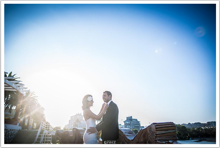 fotografos-bodas-cantabria-atusando-novio-byr