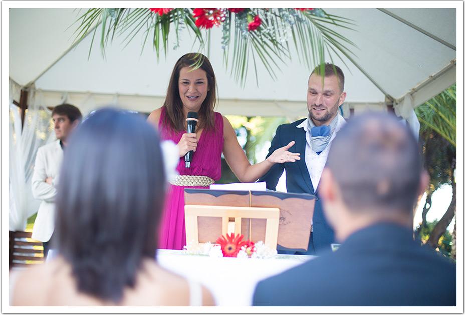 fotografos-bodas-cantabria-byr-ceremonia-amigos