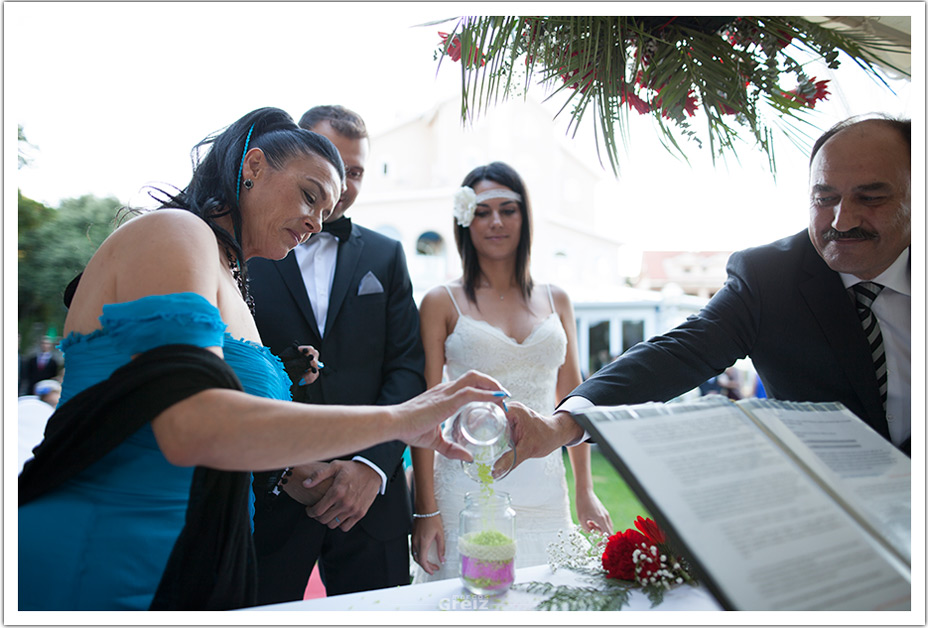 fotografos-bodas-cantabria-byr-ceremonia-arena-padrinos