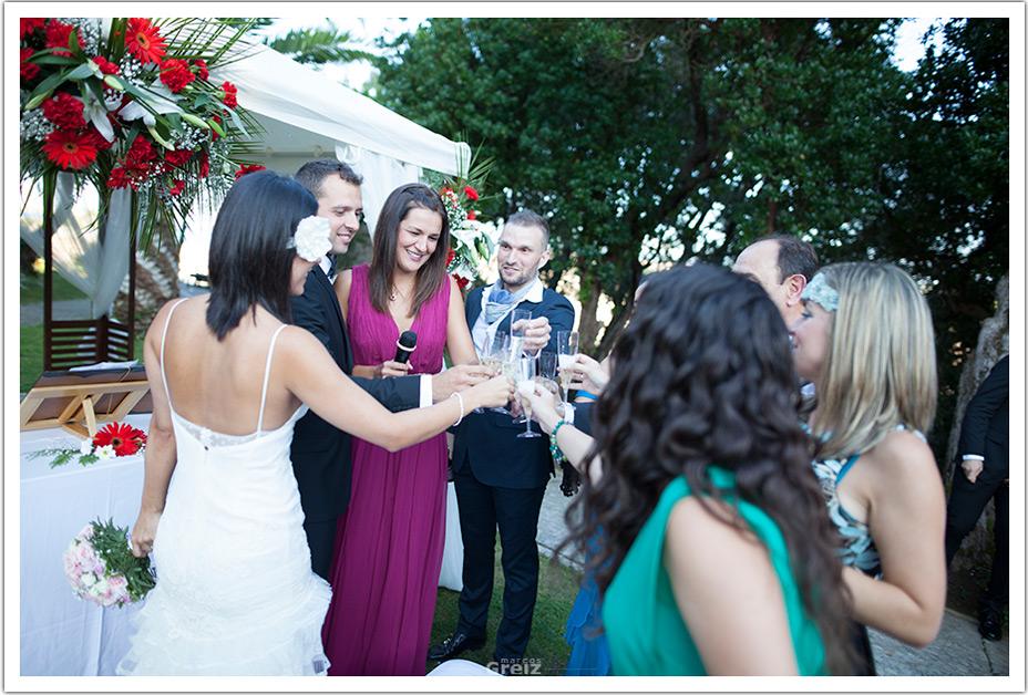fotografos-bodas-cantabria-byr-ceremonia-brindis