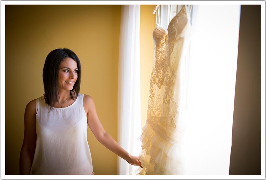 fotografos-bodas-cantabria-byr-mirar-vestido