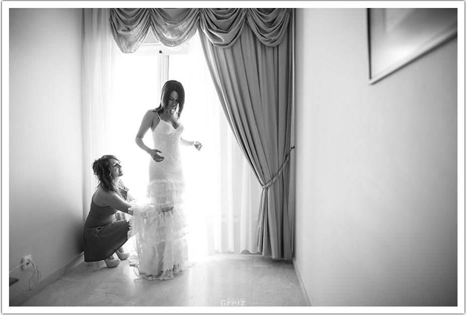 fotografos-bodas-cantabria-byr-vistiendo-novia