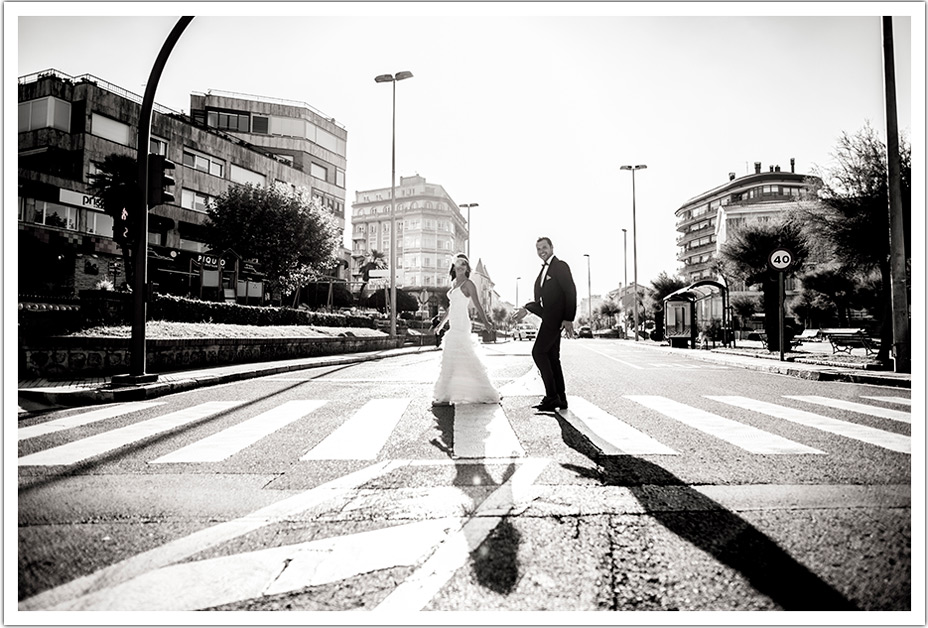 fotografos-bodas-santander-paso-cebra-sardinero-byr