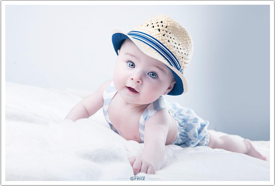 fotografo-bebes-santander-cantabria-lucas-sombrero