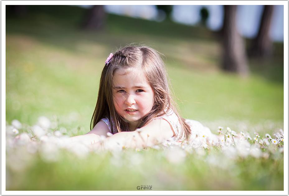 fotografos-niños-santander-paula-marcos-greiz-margaritas