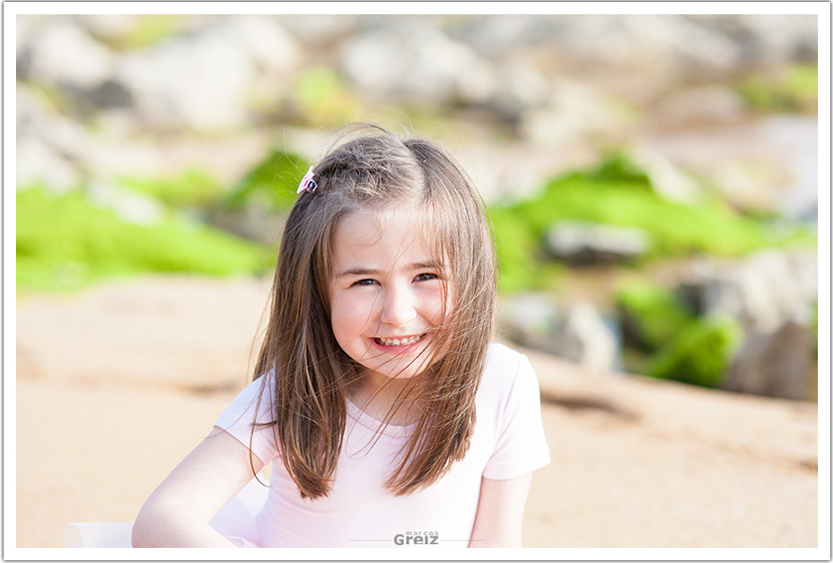 fotografos-niños-santander-paula-marcos-greiz-retrato-playa