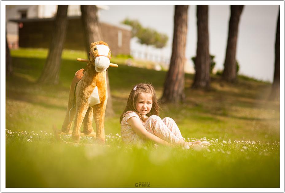 fotografos-niños-santander-paula-marcos-greiz-sentada