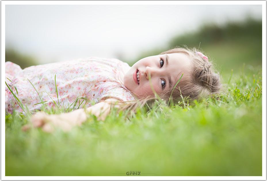 fotografos-niños-santander-paula-marcos-greiz-tumbada